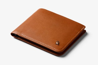 https://bellroy-product-images.imgix.net/bellroy_dot_com_gallery_image/USD/WHSE-CAR-301/0?w=345&h=220&fit=clip&auto=format